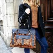 """✨ Exclusivité Chambéry ✨  A toutes celles qui trouvent que le motif léopard est un incontournable... On vous laisse admirer (et peut être même craquer pour) ce superbe sac @paulmarius_officiel ! 🐯  Un peu de """" grrrrr"""" dans nos tenues pour un look ultra tendance !  #paulmarius_officiel #leopard #rivegauche #chambery #outfit #bag #shopping #accessoire #roselesboutiques a"""